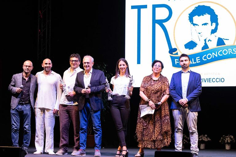 Copertina Articolo Premio Troisi Vincitori